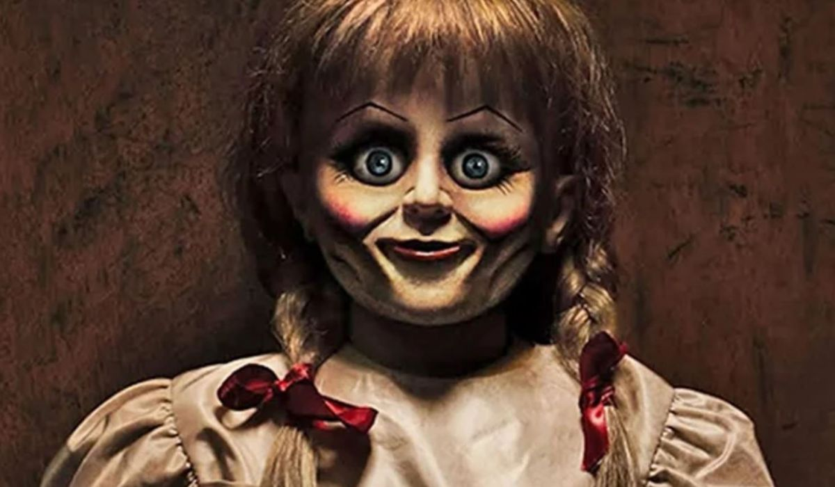 http://Como%20Poolside%20Movie%20Nights%20Annabelle